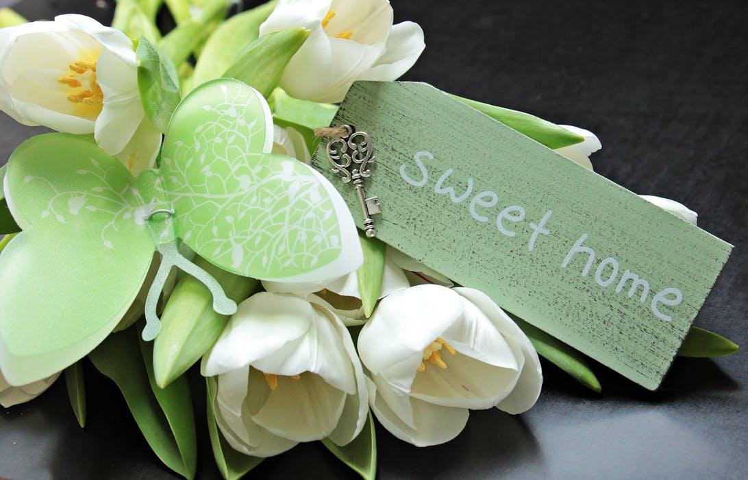 sweet home pexels-photo-355722